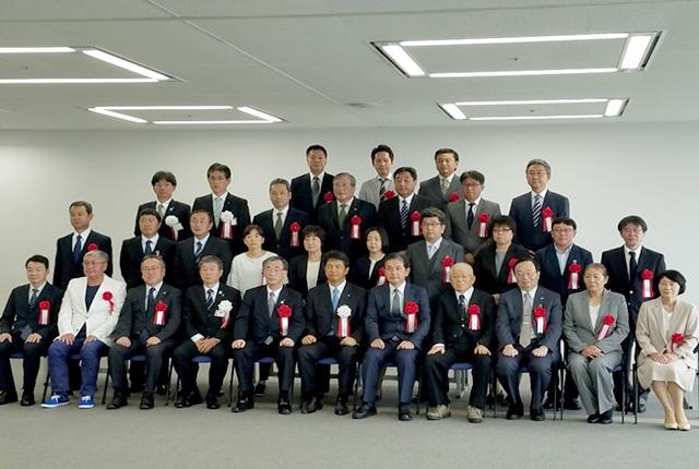 池田病院長と江田看護師長が茨城県救急医療功労者知事賞を受賞